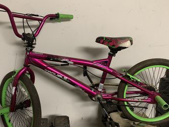 Girls Bike For Kids for Sale in South Gate,  CA