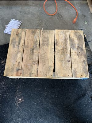 Free wood pallets for Sale in Morton, IL