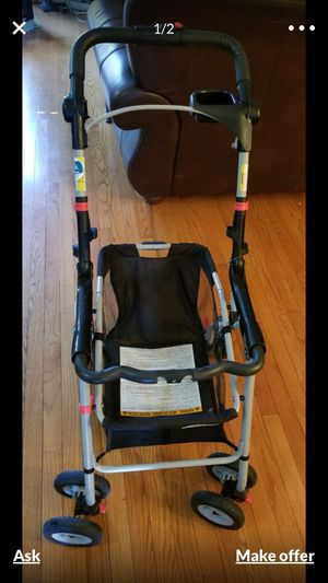 Graco car seat with base and stroller connecter for Sale in Centreville, VA