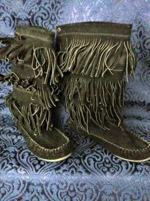 Steve Madden fringe boots, 5.5 womens for Sale in Portland, OR