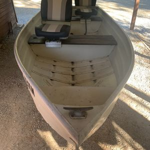 10' Aluminum Boat for Sale in Pine Grove, CA