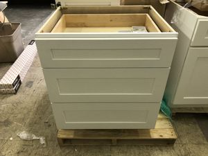 Kitchen drawer base Cabinet for Sale in Tacoma, WA