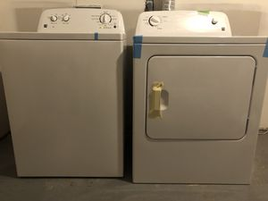 Kenmore Series 100, Washer and Dryer for Sale in Fort Washington, MD