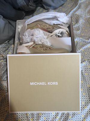 Size 8.5 MICHAEL KORS womens casual designer sneakers for Sale in Calimesa, CA