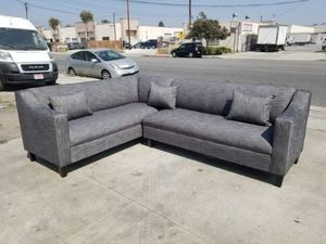 NEW 7X9FT HENNESSY ZEBRA FABRIC COMBO SECTIONAL COUCHES for Sale in Cathedral City, CA