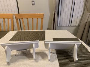 2 small white shelf for Sale in Fort Lauderdale, FL
