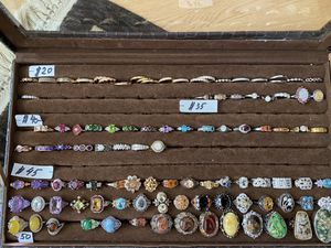 Estate jewelry sale for Sale in Greenacres, WA