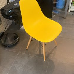 dining chair for Sale in Beverly Hills,  CA