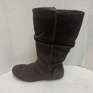 Patagonia Womens Size 7 Maha Slouch Suede Brown Espresso Pull On Boots for Sale in Pelham, NH
