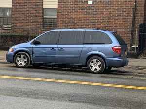 2007 Dodge Grand Caravan SXT special edition for Sale in Brooklyn, NY