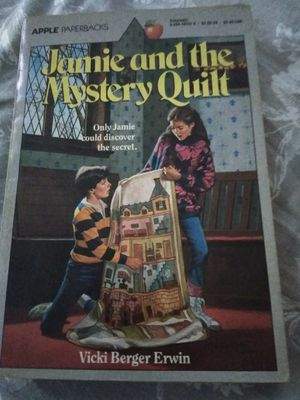 Jamie and the mystery quilt 1987 apple paperbacks for Sale in Newnan, GA