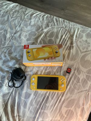 Yellow Nintendo Switch Lite for Sale in Graham, NC