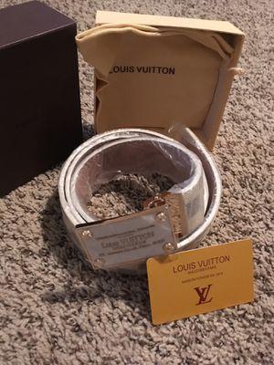 Louis Vuitton belt for Sale in Dale City, VA