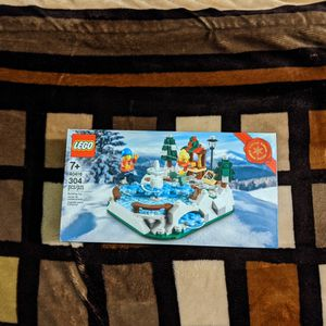 Sealed Lego Ice Skating Rink 40416 for Sale in Long Beach, CA