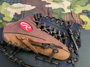 Rawlings baseball glove *never used* for Sale in Santa Clarita, CA