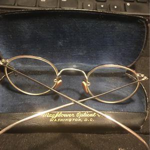 Old Glasses From Washington Optical for Sale in Lovettsville, VA
