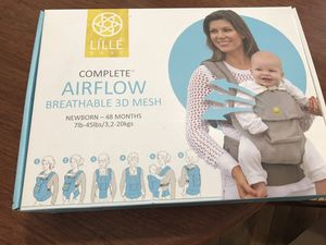 Lille baby carrier for Sale in Cleveland, OH