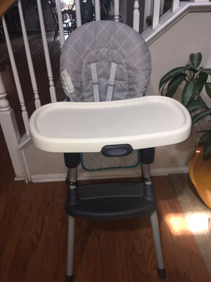 Graco highchair for Sale in Corona, CA