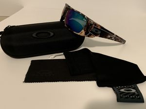 Oakley Full Cell for Sale in Bartow, FL