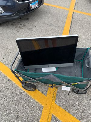 27 inch iMac with bad video card for Sale in Hanover Park, IL