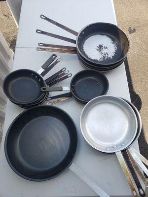 18 Commercial Frying Pans for Sale in Hamden, CT