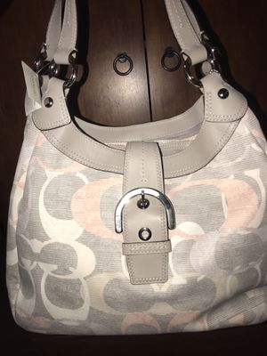 Coach purse for Sale in Plainfield, IL