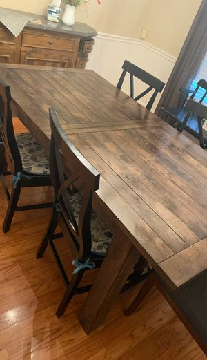 Table with an expansion (fits 8) great for the holidays for Sale in Frederick, MD