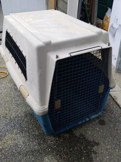 Furarri Dog Kennel for Sale in Bothell,  WA