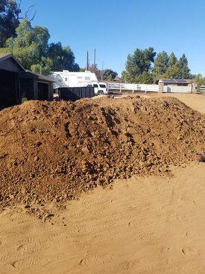 FREE FILL DIRT (VERY CLEAN,NO ROCKS/TRASH) for Sale in Jamul, CA