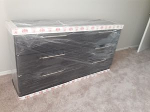 NEW SIX DRAWER DRESSER AVAILABLE FOR DELIVERY ONLY for Sale in Miami Beach, FL