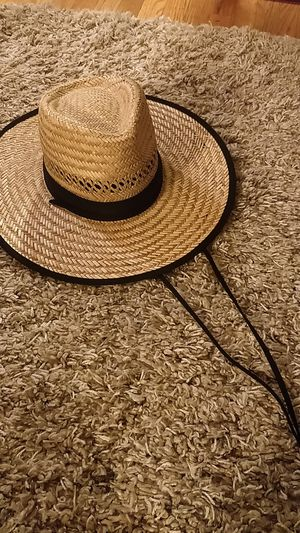 Straw hat for Sale in Seattle, WA