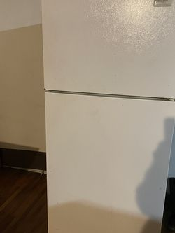 Fridge for Sale in Happy Valley,  OR