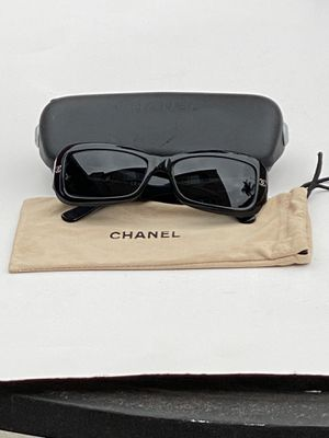 Chanel Rectangular Sunglasses 5099 for Sale in Los Angeles, CA