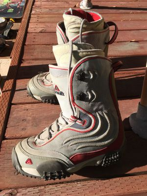 Airwalk snowboarding boots! for Sale in Long Beach, CA
