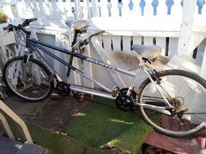 Double bike for Sale in Stockton, CA