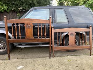 Antique bed for Sale in Antioch, CA