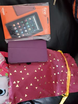 Kindle Fire & Cover for Sale in Oak Grove, KY