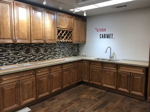 Kitchen Solid Wood Cabinet Quartz Counter tops Warehouse! Buy Direct and Save Huge for Sale in Rowland Heights, CA