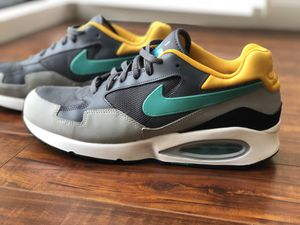 Nike Air Max ST Mens sneakers 652976 003 Size 10 for Sale in Santa Monica, CA