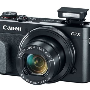 Canon G7X Camera 4.2 Zoom Blogging Brand New With 32GB Memory Brand new camera for Sale in Los Angeles, CA