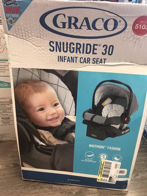 Graco Snugride 30 infant car seat whitmore for Sale in Miami Beach, FL