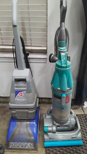 Hoover SteamVac and Dyson vacuum DC 7 for Sale in Brownsburg, IN