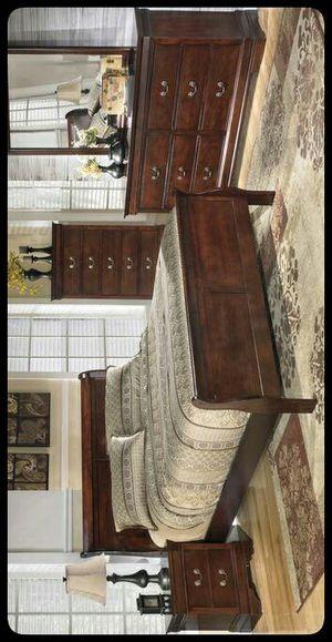 💤Ashley💤 Alisdair Dark Brown Sleigh Bedroom Set for Sale in Hyattsville, MD