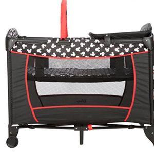 Semi New Crib for Sale in Dallas, TX