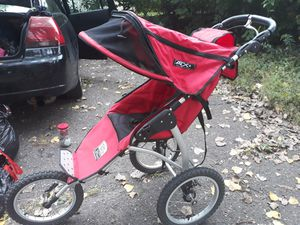 Tike tech Sport series jogger stroller for Sale in Fridley, MN
