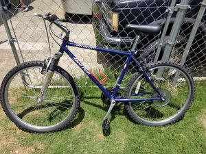 Adult Specialized Hardrock Mountain Bike for Sale in Lawrenceville, GA