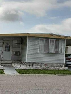 Single Wide Mobile Home for Sale in Largo,  FL