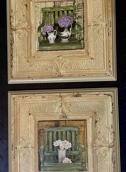 "2 Wood Plaque Pictures Of Vases & Flowers on Green Chairs 11.5"" Square Excellent Condition for Sale in Pompano Beach,  FL"