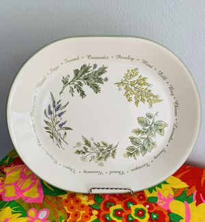 """Corelle (Corning Ware) Thymeless Herbs 12""""X 10"""" Serving Platter. for Sale in Joint Base Lewis-McChord, WA"""