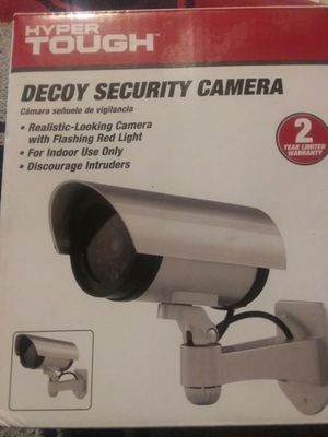 Decoy security cameras with flashing red light for Sale in Columbus, OH